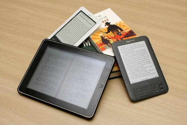 Kindle vs. Nook vs. iPad