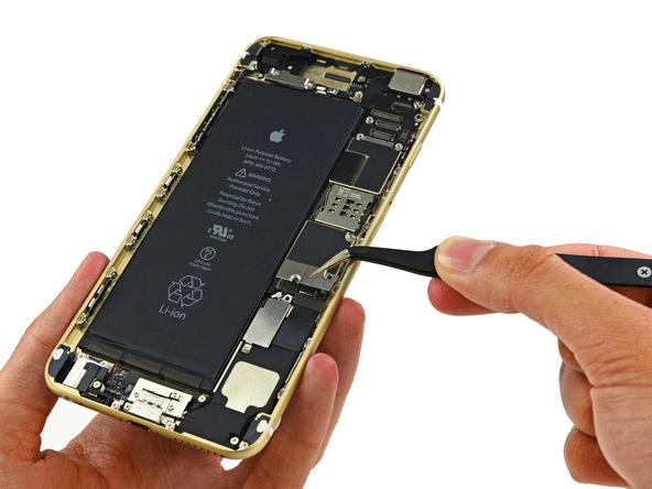 iphone-6-plus-teardown-step-11.1